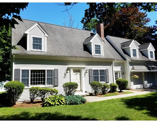 62 Golden Ball Road, Weston, MA